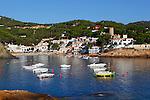 Spain, Catalonia, Costa Brava, Sa Tuna near Begur: Fishing village | Spanien, Katalonien, Sa Tuna bei Begur: Fischerdorf an der Costa Brava