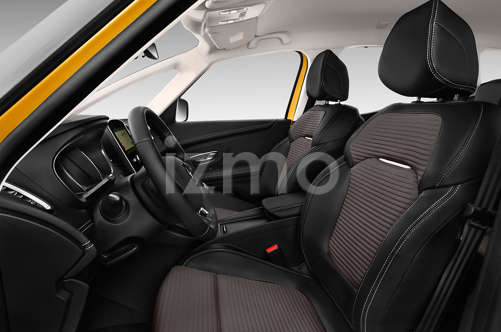 Front seat view of 2017 Renault Scenic Intens 5 Door Minivan Front Seat  car photos