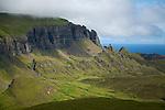 Schottland, Bergkette The Quiraing, Berge, Gebirge, Weite, Aussicht, Wolken, Meer, Natur, Landschaft, niemand, Europa, Hebriden, Isle of Skye, Reise, Travel, laif_creative, 2012