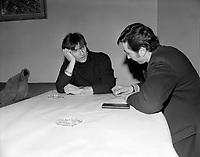 Le chanteur français Hugues Aufray en visite au Québec, le 19 janvier 1968<br /> <br /> Photographe : Photo Moderne - Agence Quebec Presse