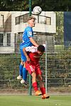 Maik Goss (Nr.2, FC Astoria Walldorf) beim Kopfball  beim Spiel, FC Astoria Walldorf - SC Freiburg II.<br /> <br /> Foto © PIX-Sportfotos *** Foto ist honorarpflichtig! *** Auf Anfrage in hoeherer Qualitaet/Aufloesung. Belegexemplar erbeten. Veroeffentlichung ausschliesslich fuer journalistisch-publizistische Zwecke. For editorial use only. DFL regulations prohibit any use of photographs as image sequences and/or quasi-video.