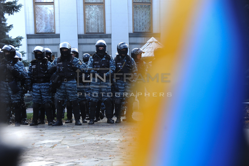 Special forces guard building of parliament  during protests against current Ukrainian government and president Yanukovich  in Kiev. Ukraine.