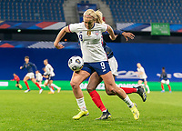LE HAVRE, FRANCE - APRIL 13: Lindsey Horan #9 of the USWNT controls the ball during a game between France and USWNT at Stade Oceane on April 13, 2021 in Le Havre, France.