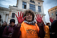 Rome, 04/03/2020. Today, people gathered in Piazza Santi Apostoli to show support and solidarity with thousands of people trapped at the border between Turkey and Greece, and to protest against the EU representatives who are still trying to make agreements with the Turkish President Erdogan, accused by protesters to be fueling the migrant people crisis at the border with Greece while the Turkish army (member of NATO) is at war in Syria. From the organisers Facebook page (1.): «What happens on the border between Greece and Turkey is unacceptable and puts the lives and integrity of thousands of people at risk. More than 80 thousand refugees, fleeing the latest fierce attacks in Syria, have already crossed the border with the European Union. After threatening it several times, the humanitarian bomb launched by the Turkish President brings the European institutions to their knees and calls for more concrete actions in support of Turkey. Erdogan's retaliation risks creating an unprecedented humanitarian crisis, where border countries are starting to adopt strong closure measures: Bulgaria on the one hand is strengthening controls, Greece on the other is denying the possibility of applying for asylum. Recall that to date there are about 500 thousand migrants along the Turkish route waiting to be able to enter the European Union. Many of them come from countries like Syria, Iraq, Palestine, Afghanistan. Many and many who would have the right to obtain the recognition of refugee status, instead try to survive in overcrowded refugee camps, without any protection and protection even for the weakest categories. […] If the negotiations between Ankara and Brussels go long, the inertia of the institutions will push the refugees who today suffer from the cold and inhuman conditions to try alternative ways to the legal ones to seek refuge, with all the dangers and consequences of the case […]».<br /> <br /> 1. http://bit.do/fydjw