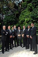 Os oito sócios do escritório do escritório de advocacia  Silveira, Athias, Soriano de Mello, Guimarães, Pinheiro & Scaff. Posam no museu paraense Emílio Goeldi para matéria da revista Exame.<br /> Foto Paulo Santos<br /> 22/09/2007<br /> Belém Pará Brasil<br /> <br /> Sócios: Ricardo Melo, Reynaldo Silveira, Jorge Alex Athias, Fernando Scaff, Pedro Bentes Pinheiro, Afonso Lobato, Gilberto, e Juarez Melo.