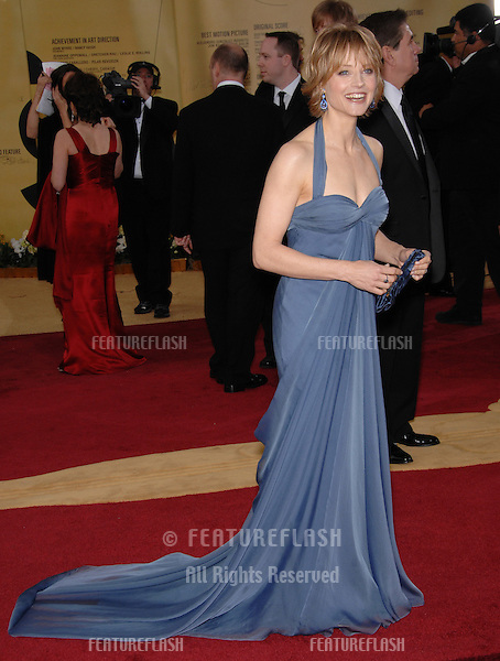 Jodie Foster at the 79th Annual Academy Awards at the Kodak Theatre, Hollywood..February 26, 2007  Los Angeles, CA.Picture: Paul Smith / Featureflash