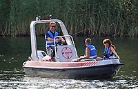 Rettungsboot der IRBW im Badesee Walldorf - Mörfelden-Walldorf 15.07.2018: 10. MöWathlon