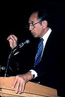 Montreal (Qc) CANADA - File Photo- circa 1988 - <br /> Alvin Toffler<br /> <br /> <br /> -Photo (c)  Images Distribution