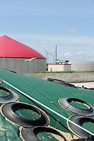 Deutschland , MT Energie Biogasanlage mit Blockheizkraftwerk BHKW zur Stromerzeugung und Waermeerzeugung auf Nordseeinsel Nordstrand , Betrieb Hubertus Empen | .Europe Germany GER Biogas plant in Schleswig-Holstein