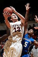 120111-Texas A&M Corpus Christi @ UTSA Basketball (M)