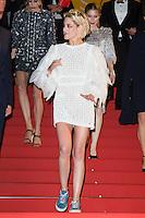 Kristen Stewart - CANNES 2016 - DESCENTE DU FILM 'PERSONAL SHOPPER'
