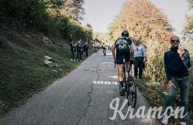 Víctor De La Parte (ESP/Movistar) up the infamous Muro di Sormano (avg 17%/max 25%)<br /> <br /> Il Lombardia 2017<br /> Bergamo to Como (ITA) 247km