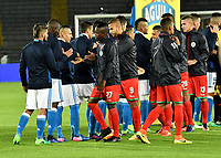 BOGOTA - COLOMBIA - 09 – 05 - 2017: Los jugadores de Millonarios y Cortulua, durante partido de la fecha 17 entre Millonarios y Cortulua,  por la Liga Aguila I-2017, jugado en el estadio Nemesio Camacho El Campin de la ciudad de Bogota. / The players of Millonarios and Cortulua, during a match of the date 17th between Millonarios and Cortulua, for the Liga Aguila I-2017 played at the Nemesio Camacho El Campin Stadium in Bogota city, Photo: VizzorImage / Luis Ramirez / Staff.