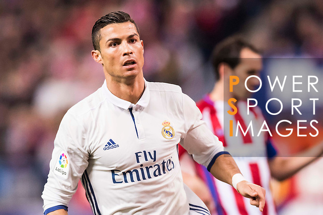 Cristiano Ronaldo of Real Madrid looks on during their La Liga match between Atletico de Madrid and Real Madrid at the Vicente Calderón Stadium on 19 November 2016 in Madrid, Spain. Photo by Diego Gonzalez Souto / Power Sport Images