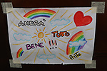 "24/03/2020 in Pergine Valsugana, Italy. Most part of Europe is today on a sweeping confinement to try to slow down the spread of the Covid-19 Pandemic. A drawing with a rainbow and an hope message 'Everything Will Be Fine"" 'Andra tutto Bene' in Italian."