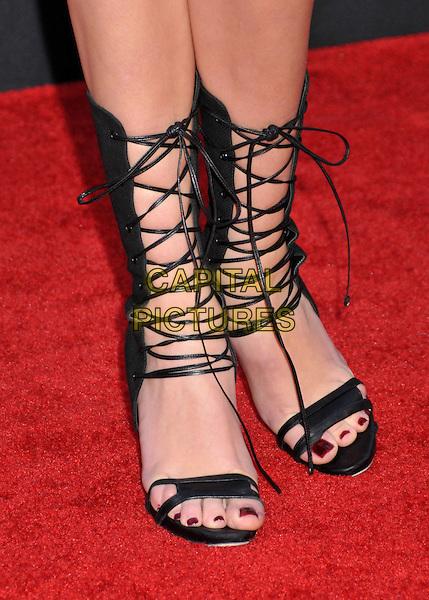 Feet taylor momsen Taylor Swift's