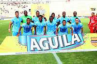 TUNJA -COLOMBIA-23-ABRIL-2016. Formación de Jaguares FC contra Patriotas FC durante partido por la fecha 14 de Liga Águila I 2016 jugado en el estadio La Independencia./ Team of  Jaguares FC  against Patriotas FC during the match for the date 14 of the Aguila League I 2016 played at La Independencia stadium in Tunja. Photo: VizzorImage / César Melgarejo  / Contribuidor