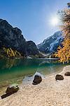Italy, South Tyrol (Trentino-Alto Adige), Upper Pusteria Valley: (Lago di Braies) Lake Braies | Italien, Suedtirol (Trentino-Alto Adige), Hochpustertal, Pragser Wildsee mit smaragdgruenem Wasser