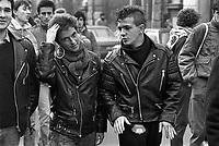 - Milan, student demonstration (December 1985)..- Milano, manifestazione studentesca (dicembre 1985)