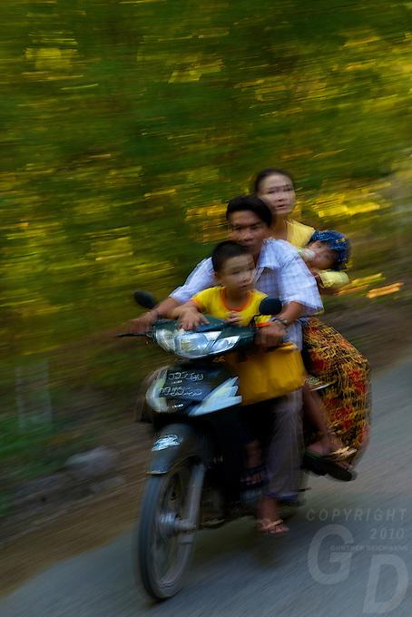 On the road to Mandalay Hill Mandalay, Myanmar