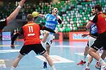Tim Kneule (FAG) beim Wurf beim Spiel in der Handball Bundesliga, Frisch Auf Goeppingen - Fuechse Berlin.<br /> <br /> Foto © PIX-Sportfotos *** Foto ist honorarpflichtig! *** Auf Anfrage in hoeherer Qualitaet/Aufloesung. Belegexemplar erbeten. Veroeffentlichung ausschliesslich fuer journalistisch-publizistische Zwecke. For editorial use only.