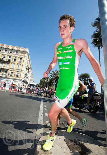 16 SEP 2012 - NICE, FRA - Alistair Brownlee of EC Sartrouville starts his second lap of the run during the final stage of the French Grand Prix triathlon series held during the Triathlon de Nice Côte d'Azur .(PHOTO (C) 2012 NIGEL FARROW)