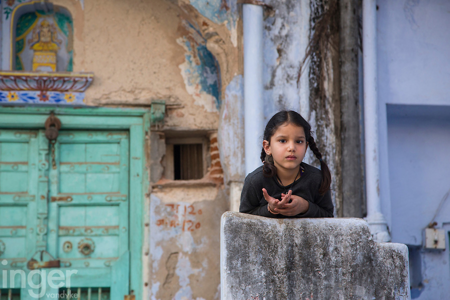 Young girl watching pensively in Sambhar, Rajasthan
