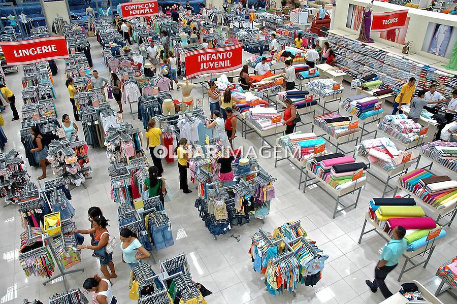 Loja de departamentos em Teresina. Piaui. 2008. Foto de Candido Neto.