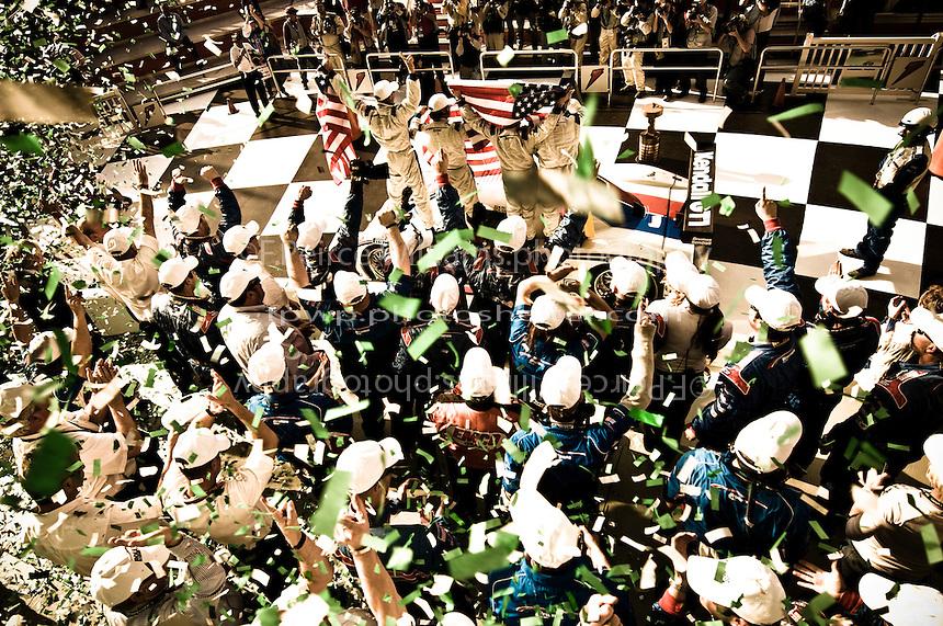 22-25 January, 2009, Daytona Beach, Florida USA.#58 Brumos Porsche/Riley of Darren Law, David Donohue, Antonio Garcia & Buddy Rice in Victory Lane with the Brumos Team..©F.Peirce Williams 2009.F.Peirce Williams.photography