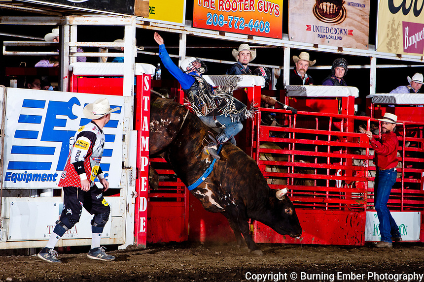 Nevada Newman on Corey & Lang'es Bull 509 during the 2nd perf at the Gem State Stampede August 25th, 2018 2nd perf in Couer D'Alene ID.  Photo by Josh Homer/Burning Ember Photography.  Photo credit must be given on all uses.