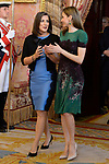 Queen Letizia of Spain (r) receives Costa Rica's President wife Mercedes Penas Domingo for an official lunch at the Royal Palace in Madrid. May 8 ,2017. (ALTERPHOTOS/Pool)