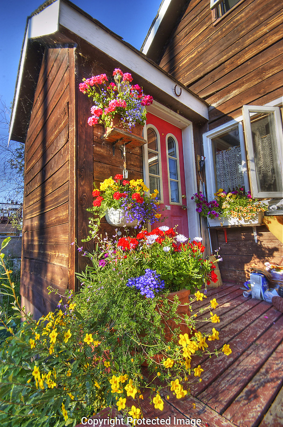 Flowery front porch in Old Town