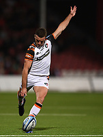 24th September 2021;  Kingsholm Stadium, Gloucester, England; Gallaher Premiership Rugby, Gloucester Rugby versus Leicester Tigers: George Ford of Leicester Tigers kicks a penalty goal