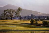 Europe/France/Auvergne/63/Puy-de-Dôme/Parc Naturel Régional des Volcans/Env. d'Orcival/Aurières: Le village