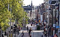 Nederland  Haarlem  2019.  Straat in het  centrum.   Berlinda van Dam / Hollandse Hoogte