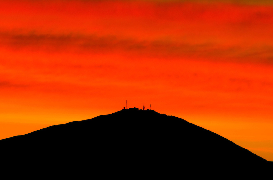 Red in the mornin' is a good start to an outdoor photographers day !