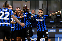 Alexis Sanchez, Romelu Lukaku and Lautaro Martinez of FC Internazionale celebrates after Danilo D'Ambrosio (not pictured), scored the goal of 4-3 during the Serie A football match between FC Internazionale and ACF Fiorentina at stadio San Siro in Milano (Italy), September 26th, 2020. Photo Andrea Staccioli / Insidefoto