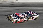 #20: Erik Jones, Joe Gibbs Racing, Toyota Camry Sports Clips, #1: Kurt Busch, Chip Ganassi Racing, Chevrolet Camaro Monster Energy
