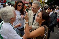 """Plínio de Arruda Sampaio e a deputada Araceli do Partido Socialismo e Liberdade (PSOL)  participam das<br /> manifestações em frente ao Tribunal de Justiça do Pará durante o julgamento do fazendeiro Regivaldo Pereira Galvão, o """"Taradão"""", acusado de ser o principal mandante da morte da missionária Dorothy Stang, ocorrida na manhã de 12 fevereiro de 2005, em Anapu, enfrenta hoje o Tribunal do Júri no Fórum Criminal de Belém.<br /> Belém Pará Brasil<br /> Paulo Santos<br /> 30 04 2010"""