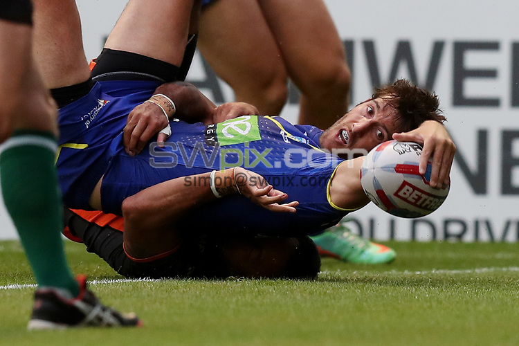 Picture by Paul Currie/SWpix.com - 08/06/2018 - Rugby League - Betfred Super League - Warrington Wolves v Castleford Tigers - Halliwell Jones Stadium, Warrington, England - Stefan Ratchford of Warrington Wolves scores the 2nd try