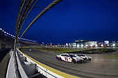 #11: Denny Hamlin, Joe Gibbs Racing, Toyota Camry FedEx Ground, #00: Landon Cassill, StarCom Racing, Chevrolet Camaro William Hill Sports Book