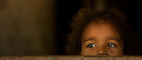 Irmã menor de Elani Batista de Araújo, 18 anos, solteira, nasceu em Sao Domingos do Capim e mora com os pais que trabalham na lavoura sustentando mais sete irmãos. Para Elani a o surf na pororoca tra's a cidade possibilidade de conhecer novas pessoas e muitas festas.<br /> São Domingos do Capim, Pará, Brasil.<br /> Foto Paulo Santos<br /> 10/03/2012