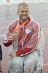 Josh Cassidy, Toronto 2015 - Para Athletics // Para-athlétisme.<br /> Josh Cassidy receives his Silver medal for the Men's 5000m T54 event // Josh Cassidy reçoit sa médaille d'argent pour l'épreuve du 5000 m T54 masculin. 10/08/2015.
