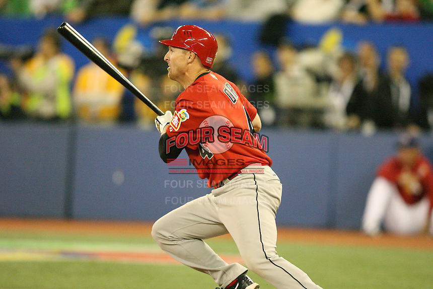March 7, 2009:  Second Baseman Pete Orr (4) of Canada during the first round of the World Baseball Classic at the Rogers Centre in Toronto, Ontario, Canada.  Team USA defeated Canada 6-5 in both teams opening game of the tournament.  Photo by:  Mike Janes/Four Seam Images