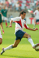 Landon Donovan against Mexico in the second round of the World Cup in Jeonju, Soth Korea, Monday June 17, 2002. Images provided in partnership with International Sports Images. (Please credit: John Todd/Int'l Sports Images/DSA)