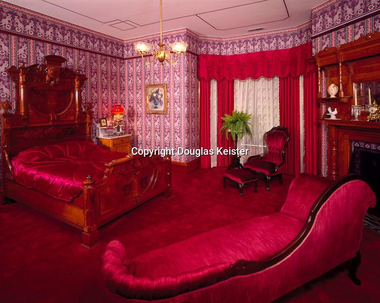 Victorian living room Jacksonville Oregon