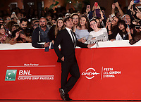 L'attore Riccardo Scamarcio posa durante il red carpet per la presentazione del film 'Il Ladro di giorni' alla 14^ Festa del Cinema di Roma all'Aufditorium Parco della Musica di Roma, 20 ottobre 2019.<br /> Italian actor Riccardo Scamarcio poses on the red carpet to present the movie 'Il Ladro di giorni'  during the 14^ Rome Film Fest at Rome's Auditorium, on 20 October 2019.<br /> UPDATE IMAGES PRESS/Isabella Bonotto