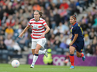 Glasgow, Scotland - Saturday, July 28, 2012: Lauren Cheney of the USA Women's soccer team carries the ball during a 3-0 win over Colombia in the first round of the Olympic football tournament at Hamden Park.