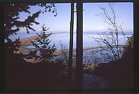 Dungeness Spit and the Strait of Juan de Fuca, Dungeness National Wildlife Refuge, Olympic Peninsula, Washington, US