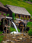 Deutschland, Baden-Wuerttemberg, Schwarzwald, Hexenlochmuehle - erbaut 1825, bei Furtwangen-Neukirch   Germany, Baden-Wuerttemberg, Black Forest, old Black Forest Mill Hexenlochmuehle (with coven mill) - built 1825, near  Furtwangen-Neukirch